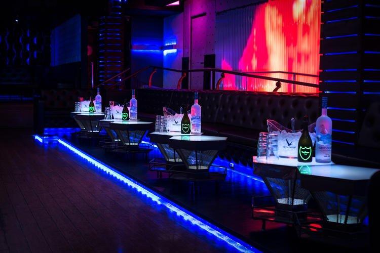 Sevilla Nightclub Log Beach CA