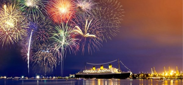 queen-mary-4th-of-july-celebration-long-beach-ca
