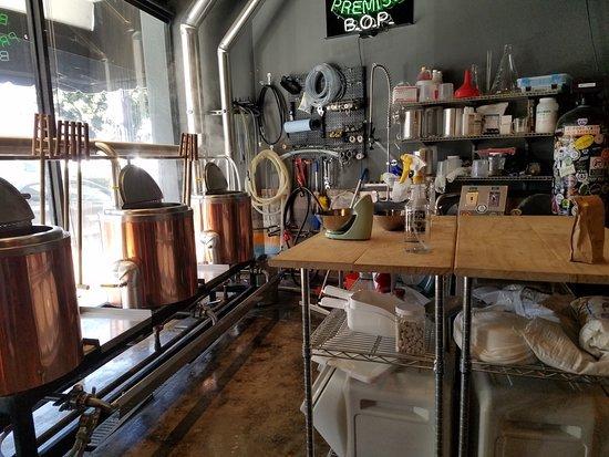 Dutch's Brewhouse Long Beach CA