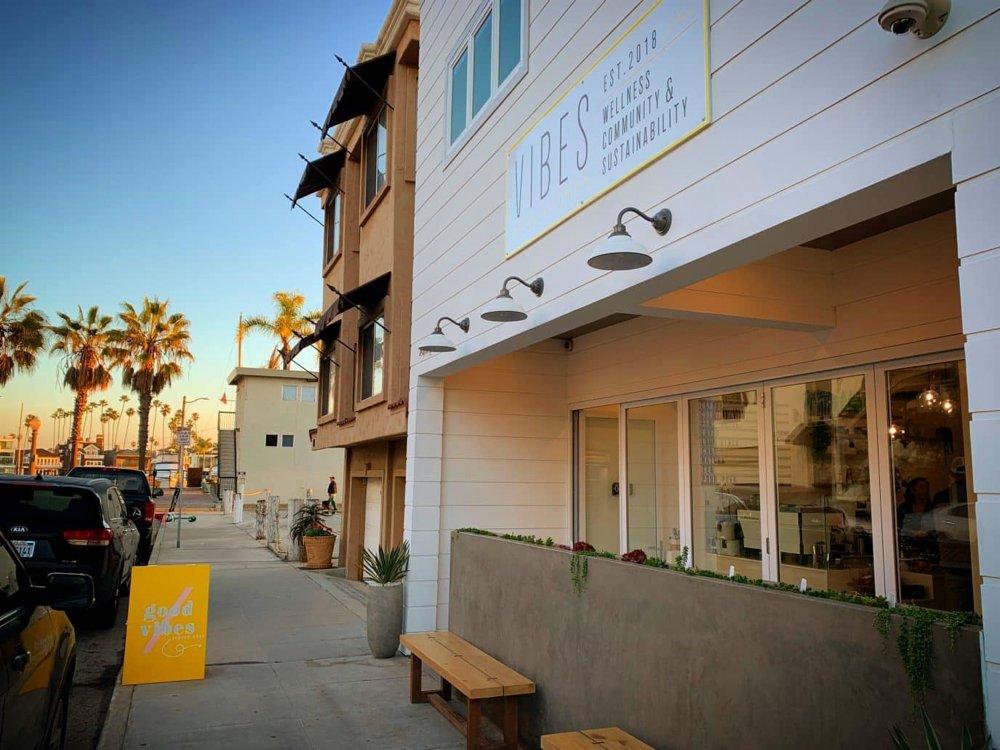 Vibes Beach Café Long Beach CA