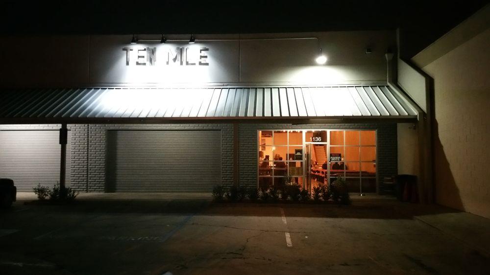 Ten Mile Brewing Signal Hill CA1
